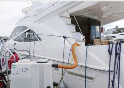 boat carpet and upholstery cleaning img 2